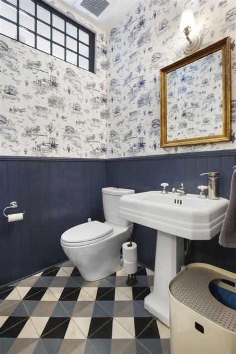 wallpaper  bathrooms