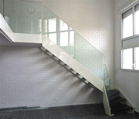 escalier quart tournant marche en bois structure en m 233 tal sans contremarche elite acier