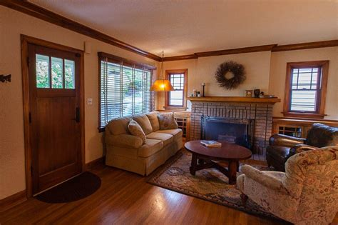 Bungalow Living Room Design by Craftsman House Interior Bedroom Home Decorating Ideas