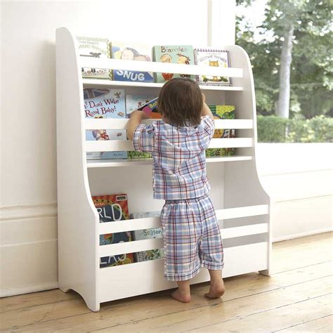 Bookcases For Nursery by Nursery Bookcase At Home Nursery Ideas