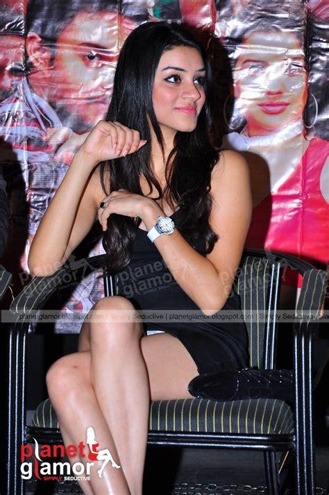 planet glamor tollywood south indian heroine   black