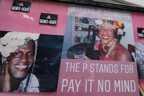 Marsha P. Johnson : une révolutionnaire LGBT dont la mort ...