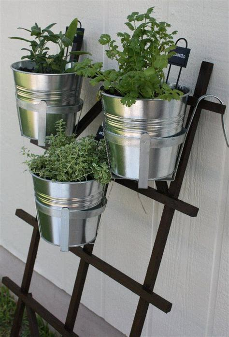 1000 ideas about hanging herb gardens on
