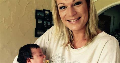 maria hoefl riesch wem gehoert dieses entzueckende baby