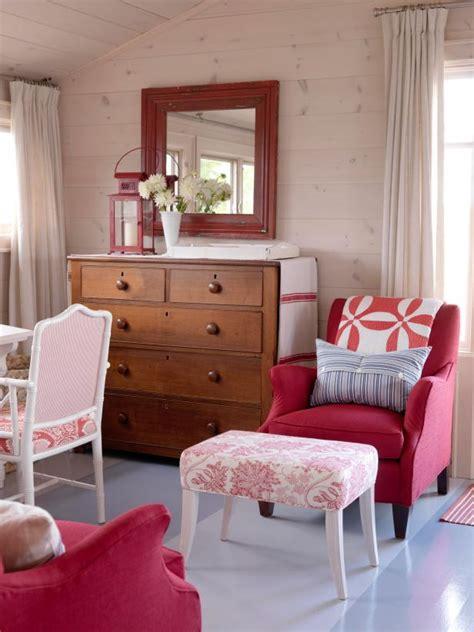 bedroom designs pink dreamy pink bedrooms hgtv 10400 | 1400963664643