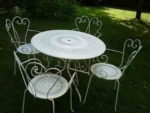 Salon De Jardin Fer Forgé Occasion : chaises et table en fer forg le paysagiste ~ Teatrodelosmanantiales.com Idées de Décoration