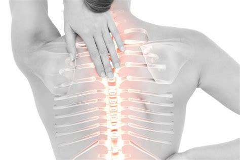 dolore gabbia toracica sinistra dolore intercostale sinistro cos 232 perch 233 viene e quando