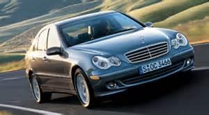 Radi se o motoru zapremine 3.0 litra uz zadnji pogon i ručni menjač sa 6 ili automatik sa 7 brzina. 2007 Mercedes-Benz C-Class | Specifications - Car Specs | Auto123
