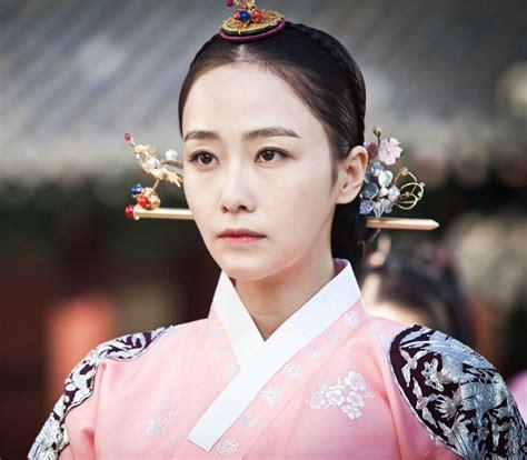 korean drama jang  jung living  love