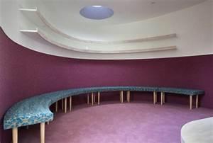 Flüssiger Bodenbelag Wohnzimmer : haus mit vertikaler begr nung nachhaltig und originell ~ Buech-reservation.com Haus und Dekorationen