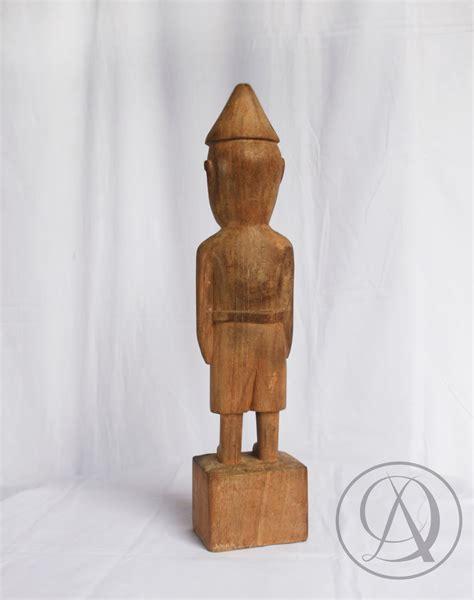patung batak divka antik menjual  menyewakan barang