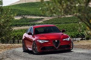 Alfa Romeo Giulia 2016 : reveal 2017 alfa romeo giulia quadrifoglio canadian auto review ~ Gottalentnigeria.com Avis de Voitures