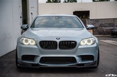 Bmw M5 Exhaust by Silverstone Bmw M5 With Blue Wheels A Custom Exhaust