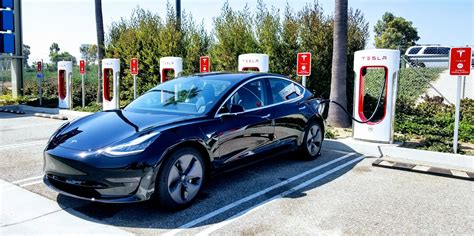 Cars In The Us by Tesla Model 3 Is The Number 1 Bestselling Luxury Car In