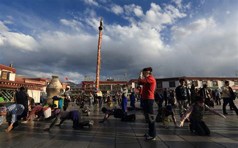 tibet traditional festivals holiday tours