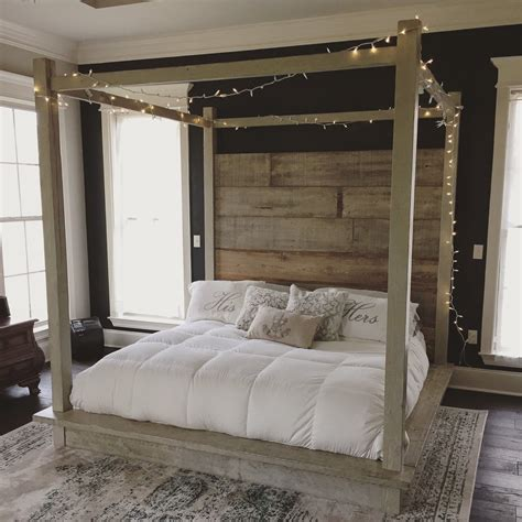 reclaimed wood canopy bed white   home diy bed