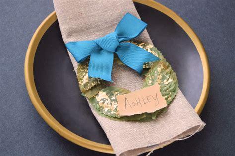 diy mini wreath place cards wild amor