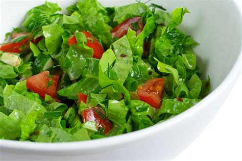 picture of green salad green salad