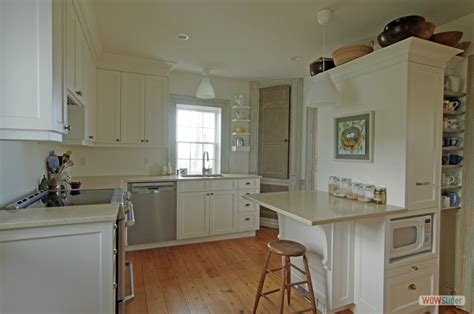 Old House Gets Facelift On The South Shore Of Nova Scotia. Yellow And Red Kitchen Designs. Green Kitchen Vegetable Tagine. Kitchen Door Storage Rack. Diy Kitchen Desk