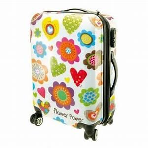 Valise Enfant Fille : une valise cabine est elle indispensable evolmed ~ Teatrodelosmanantiales.com Idées de Décoration