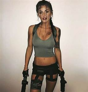 Laura Croft, Tomb Raider costume | Halloween | Pinterest ...