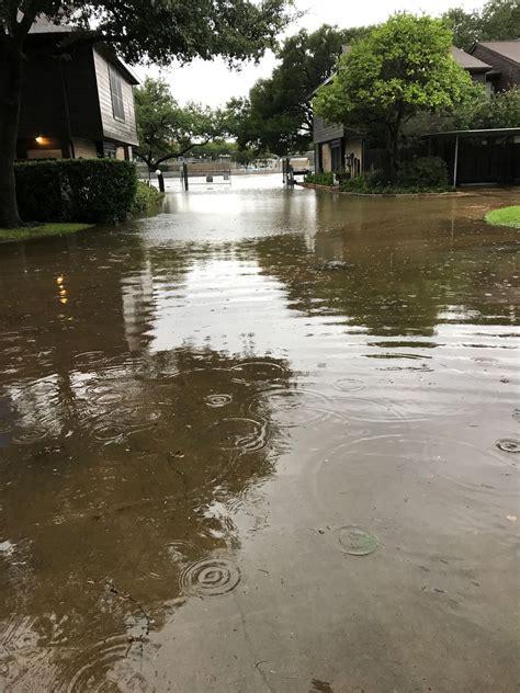 harveys floods  sink houston home values