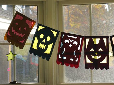 Halloween Flags  Squirrel Acorns