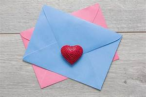 13 Things Your Card Store Won't Tell You on Valentine's ...  Valentines
