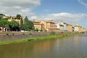 Fluß Durch Florenz : florenz reiseziele urlaubsziele reiseziele reiseanbieter ~ A.2002-acura-tl-radio.info Haus und Dekorationen