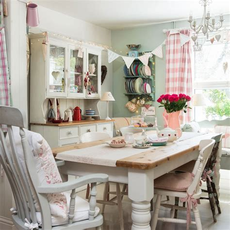 shabby chic cornwall check out this welcoming country cottage in cornwall