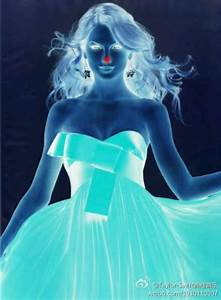 Look at the red dot on her nose for 15 seconds without ...