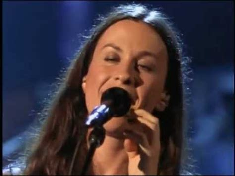 Alanis Morissette - Thank You (Live) - YouTube