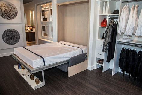 Smart House: Ultra Efficient Micro Condos at Queen and