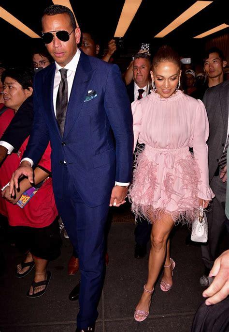 Quanto custa um look de Jennifer Lopez para jantar fora ...