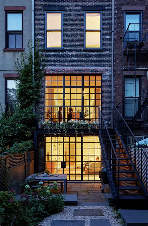 carroll gardens townhouse lang architecture archdaily