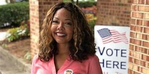 Who Is Lucy Mcbath  Georgia U0026 39 S Newest Representative