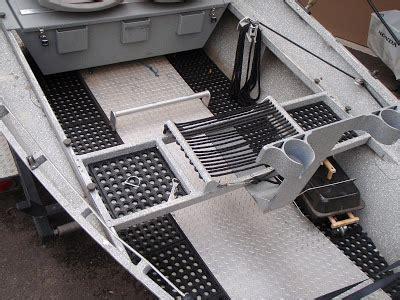 The Spey Faction: New floor for the drift boat EZ!
