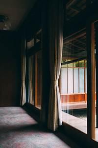 Interior design tips for transitioning to next season for Interior decor training