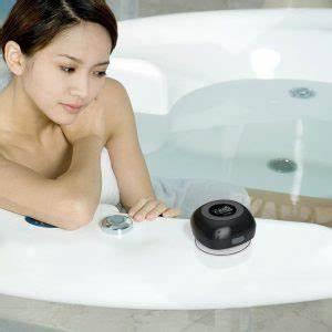 Bluetooth Lautsprecher Badezimmer : badezimmer zubeh r badewanne zur dusche umbau testsieger ~ Markanthonyermac.com Haus und Dekorationen