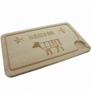 Planche A Decouper : planche d couper en bois grav e une id e de cadeau original amikado ~ Teatrodelosmanantiales.com Idées de Décoration
