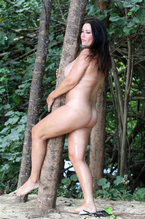 Lisa Appleton Nude In The Woods Scandal Planet