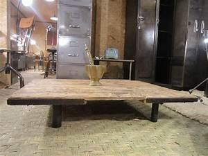 Grande Table Basse Carrée : table basse grande dimension design en image ~ Teatrodelosmanantiales.com Idées de Décoration