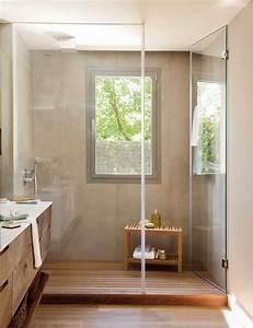 20 salles de bains modernes avec parois de douche en verre With salle de bain design avec thermomètre mural décoratif