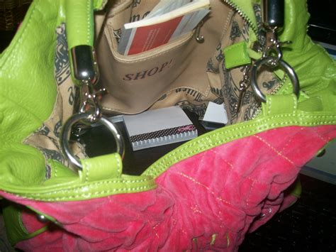 The Blog Of Lisa Whats In Your Purse