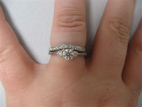 how to wear your wedding rings properly wedding ring sets