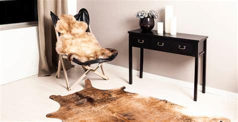 petit fauteuil pour chambre tapis peau de vache westwing