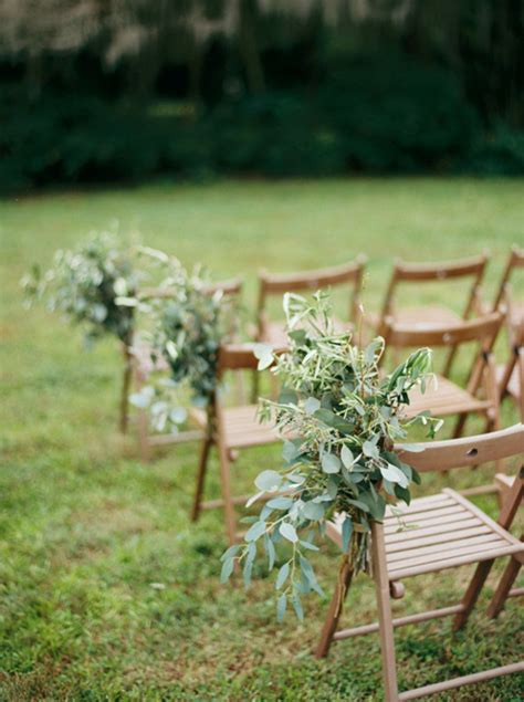 11 creative ways to use greenery in your wedding tulle chantilly wedding