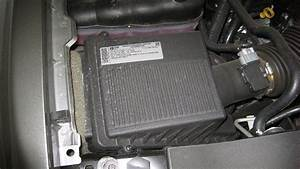 Service Manual  Air Cleaner Shroud In A 2007 Chevrolet