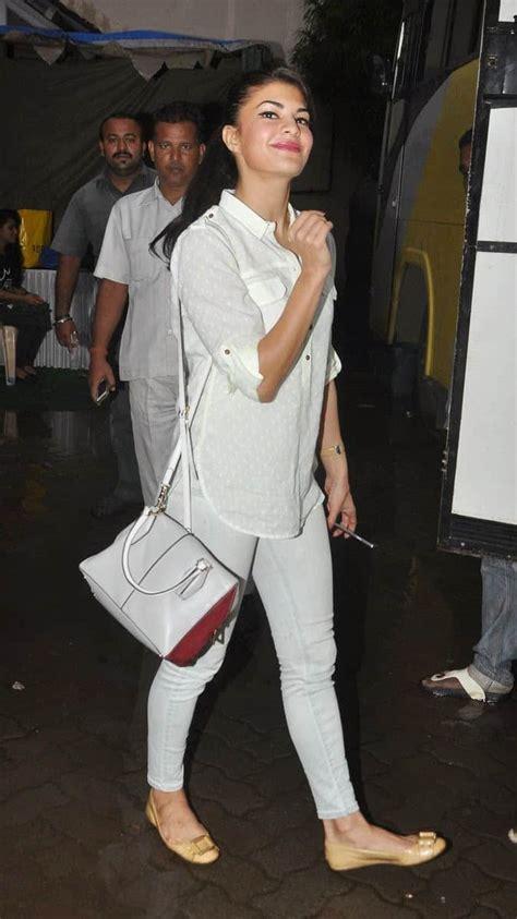 top  bollywood actress  casual dresses sheideas