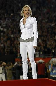 carrie underwood style where to buy best looks photos